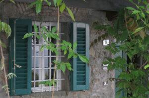 Eingang und Wohnzimmerfenster Podere Uliveto - Casore Del Monte - Porschke