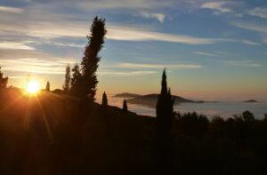 Blickrichtung Pistoia im Oktober früh morgens
